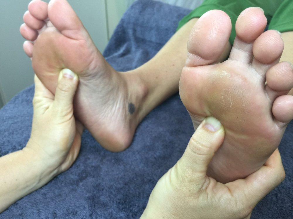 pressure on both foot reflexes