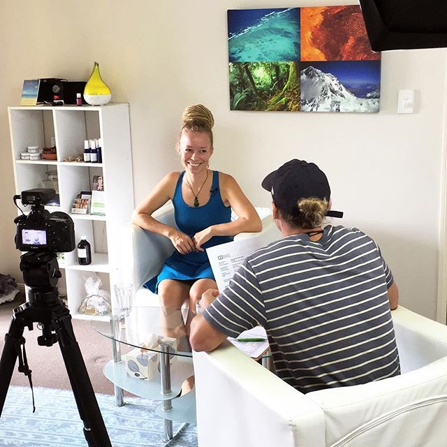 NOT AN AVERAGE MORNING.. Just wrapping up a shoot with the guys from Big Review TV at our home clinic 😃  It's been such a fun recording time, as they are a relaxed team and I could do my thing, which is reading people's feet! ..And who would have thought that one of them turned out to be a change maker (my ideal type of client)??! A professional dancer who loves mentoring kids and young adults to really be in their body and be confident through dance!  I can't wait to see the end result in 4-6weeks time! ✨ :: :: #changemaker #tv #bigreviewtv #notanaveragemorning #lovemylife #filmrecording #mentoring