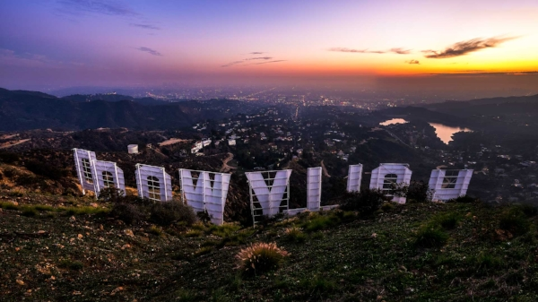 hollywood_sign_small