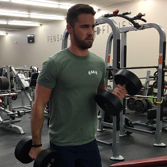 @jgoodman7 building them biceps with our military green logo shirt. 💪🏼#workout #bodybuilding #biceps #instafit #fit #fitness #fitfam #gymlife #gym #gymwear #gymgear