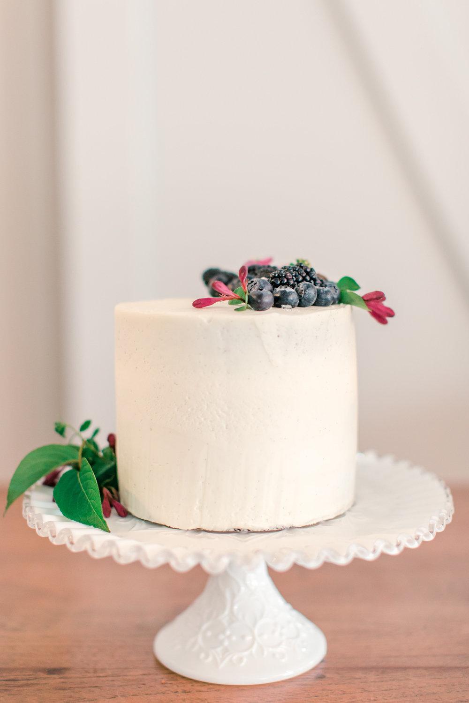 Vanilla Wedding Cake With Berries
