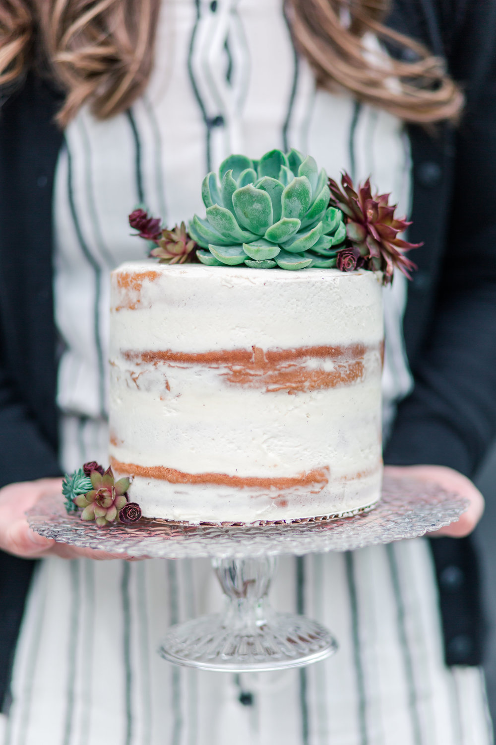 semi-naked-wedding-cake-with-succulents