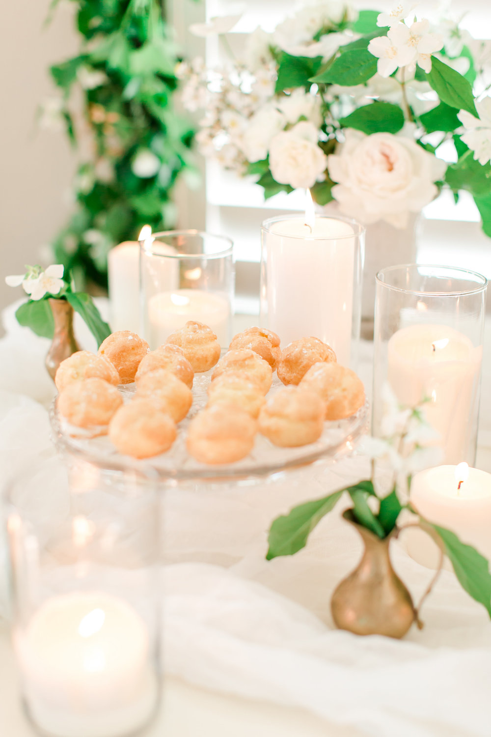 white-and-gold-dessert-table