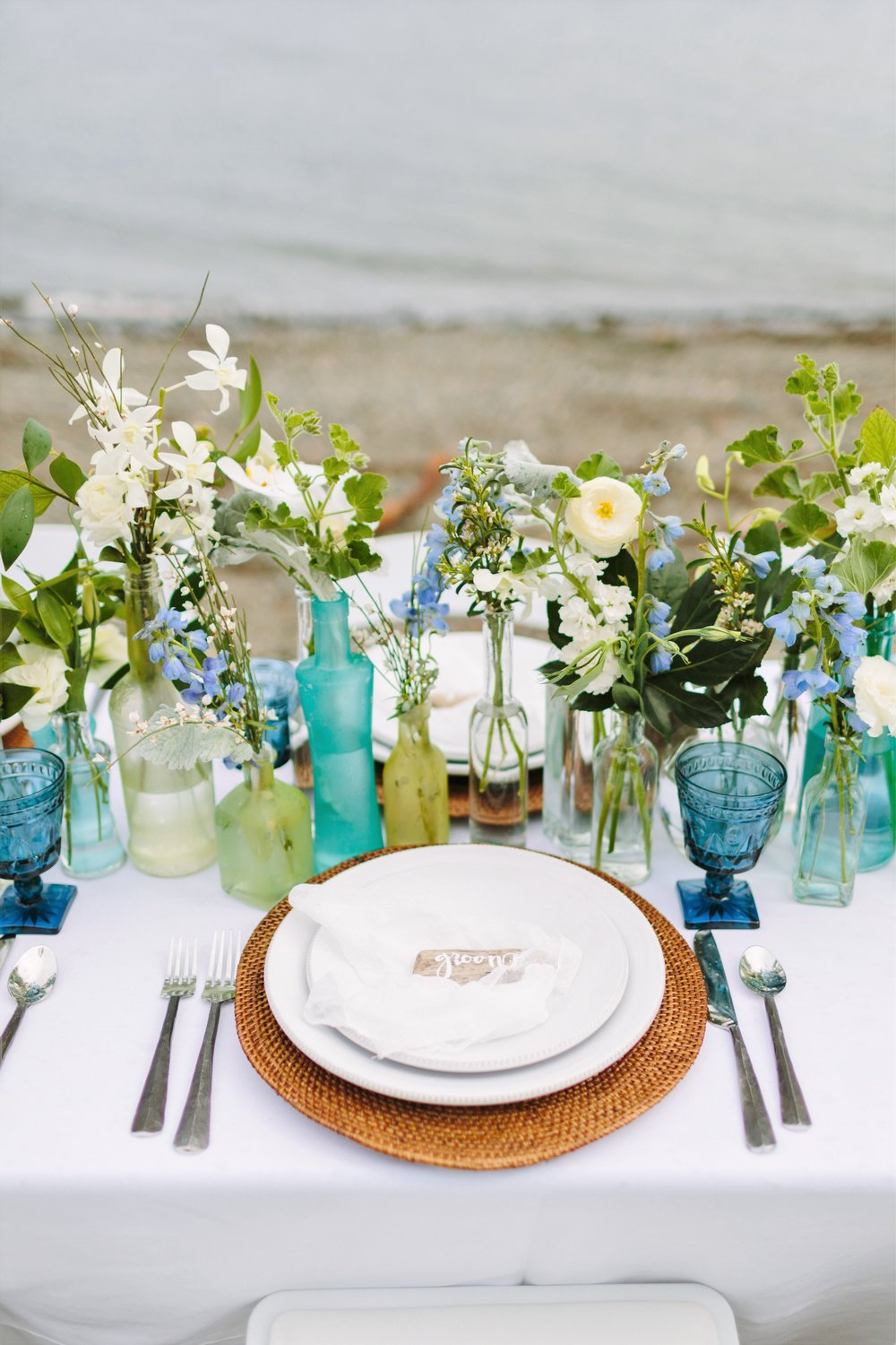 beach-wedding-table-decor.jpg
