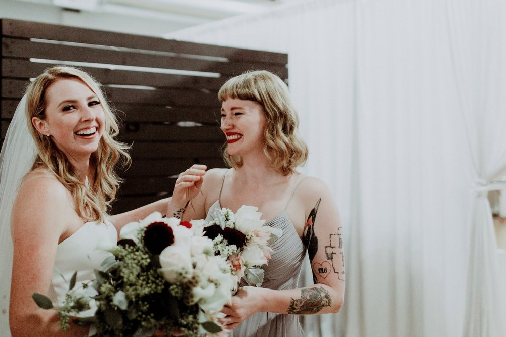 adorable-wedding-party-photos