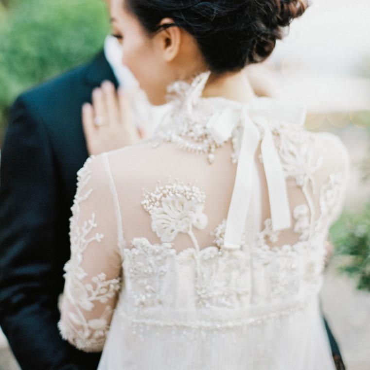 cb399c5131f8 20 Fine Art Wedding Dresses for Stylish Brides — PACIFIC ENGAGEMENTS