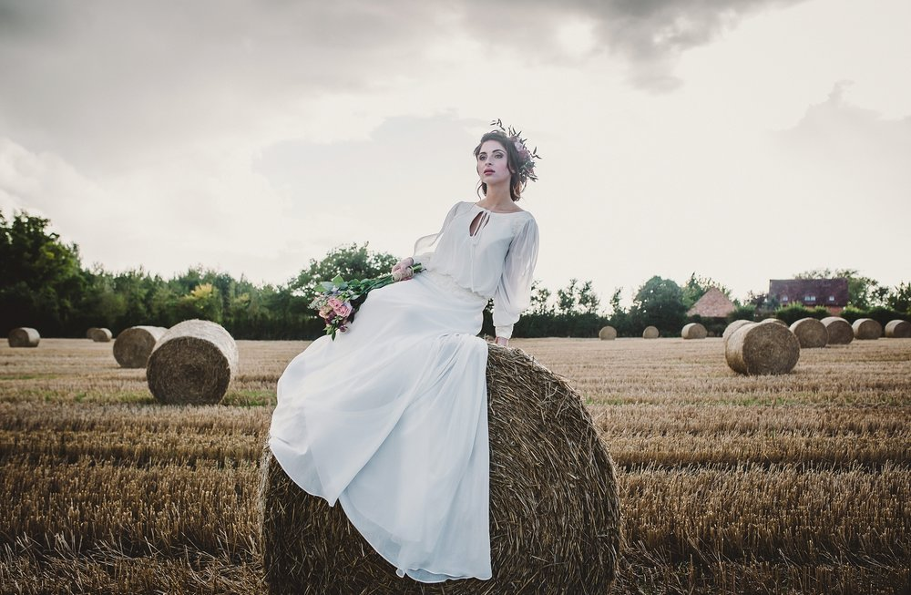 Curradine_bridal_Sept_17_amytiphoto_0082.jpg