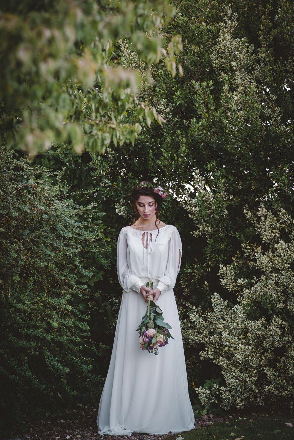 Curradine_bridal_Sept_17_amytiphoto_0071.jpg
