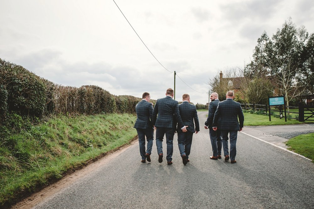 tom_megan_curradine_barns_wedding_0010.jpg