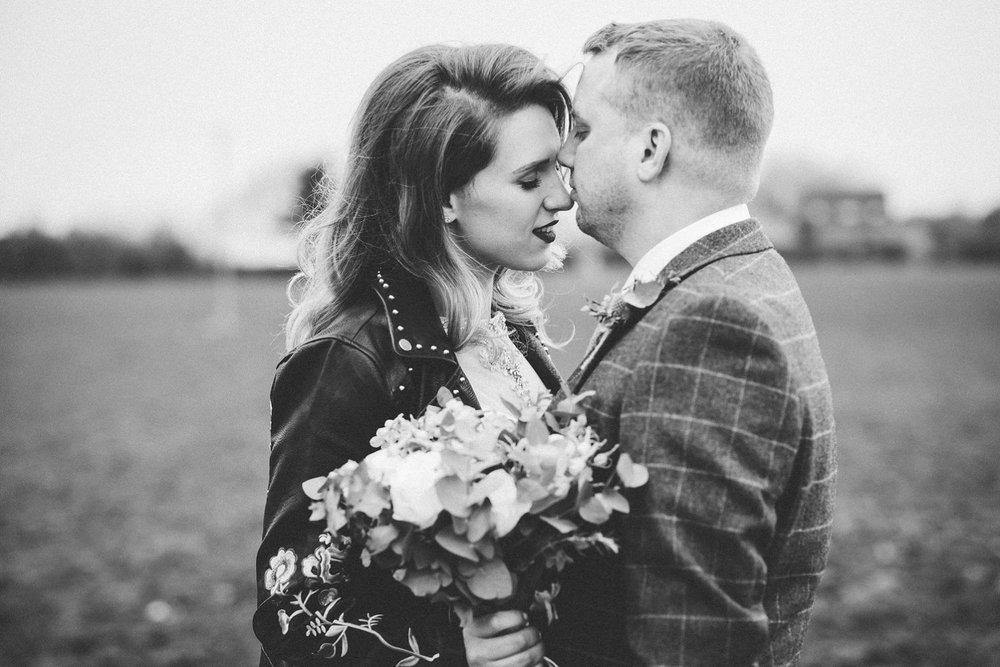 tom_megan_curradine_barns_wedding_0005.jpg
