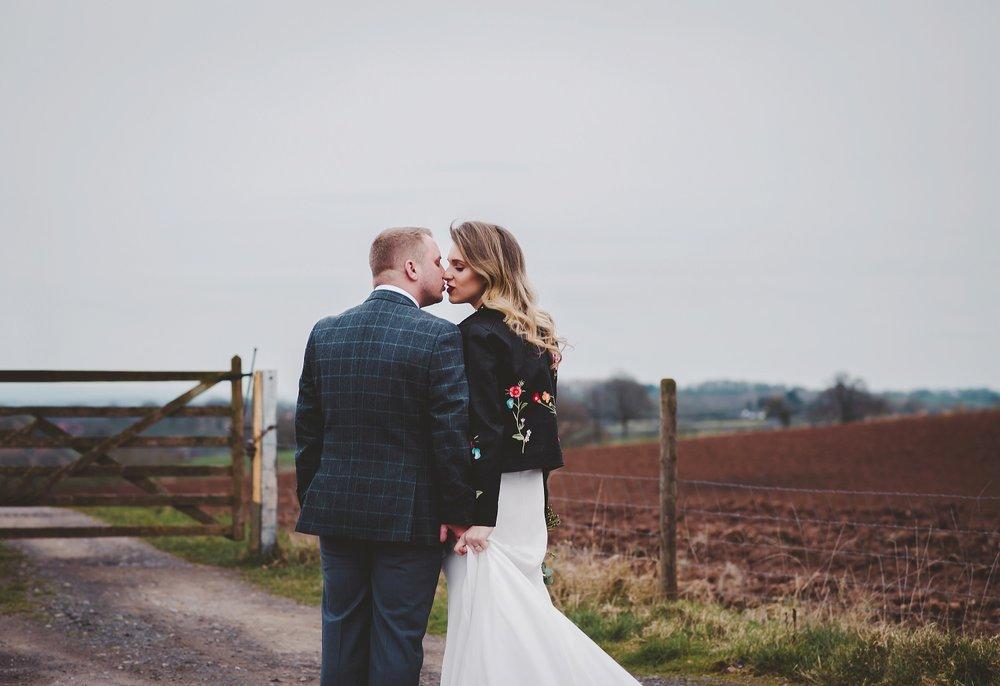 tom_megan_curradine_barns_wedding_0082.jpg