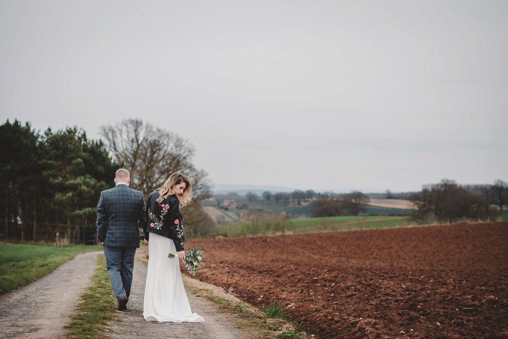 tom_megan_curradine_barns_wedding_0083.jpg