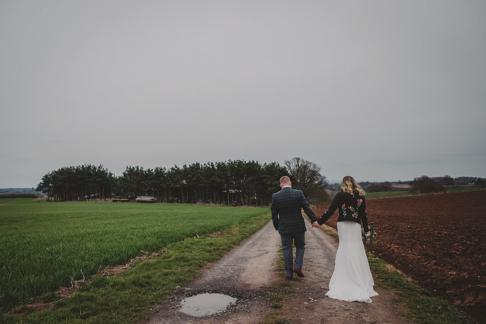 tom_megan_curradine_barns_wedding_0091.jpg