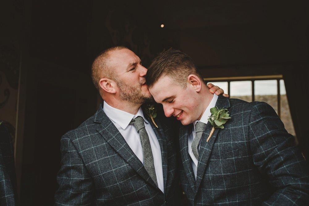 tom_megan_curradine_barns_wedding_0094.jpg