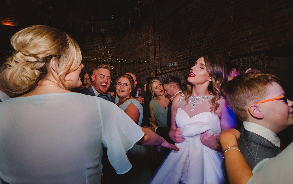 tom_megan_curradine_barns_wedding_0100.jpg