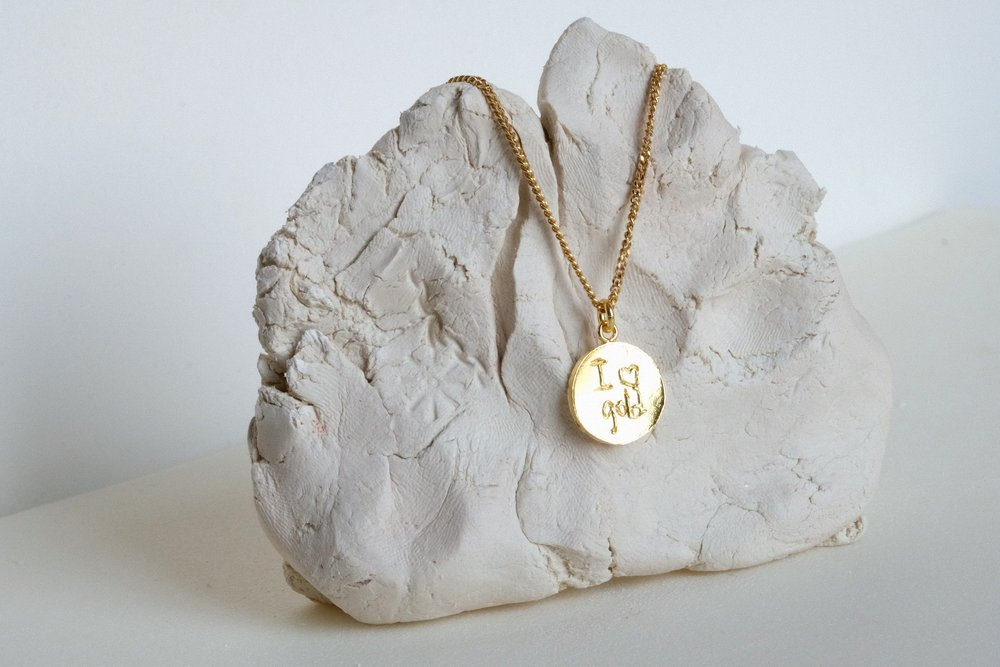 COLGANTE+I+LOVE+GOLD.jpg