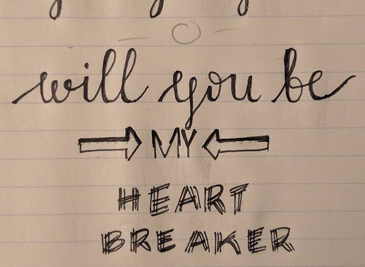 Love this. 💔 // ✒️📒 by @ashiepop67 // #heartbreaker #elizabethEP