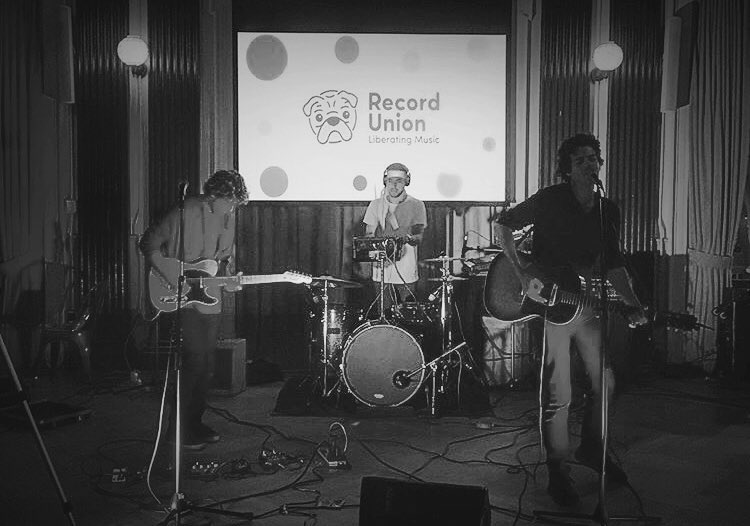Had a ⚡️ time playing @recordunionofficial's discovery session last night 💗 #recordunionsessions