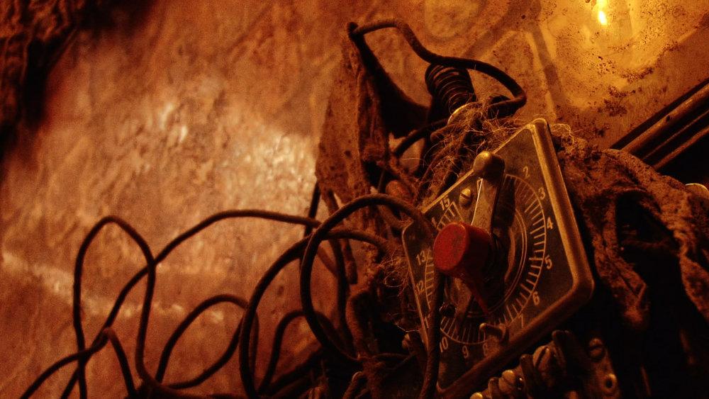 great still shot LM wires.jpg