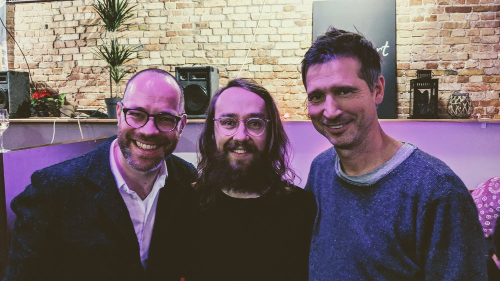 """Danke für Euer Vertrauen! BuzzBird-Geschäftsführer  Felix Baumgartl ,  Felix Hummel  und  Andreas Türck  bei der Auszeichnung zu """" The HUNDERT """": Deutschlands 100 innovativste Startups"""