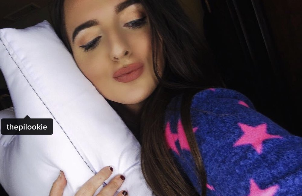"""Alyssa Cohen, Beauty Influencer      """"I have noticed a difference. My skin is more clear. The Pillow prevents lines and wrinkles."""""""
