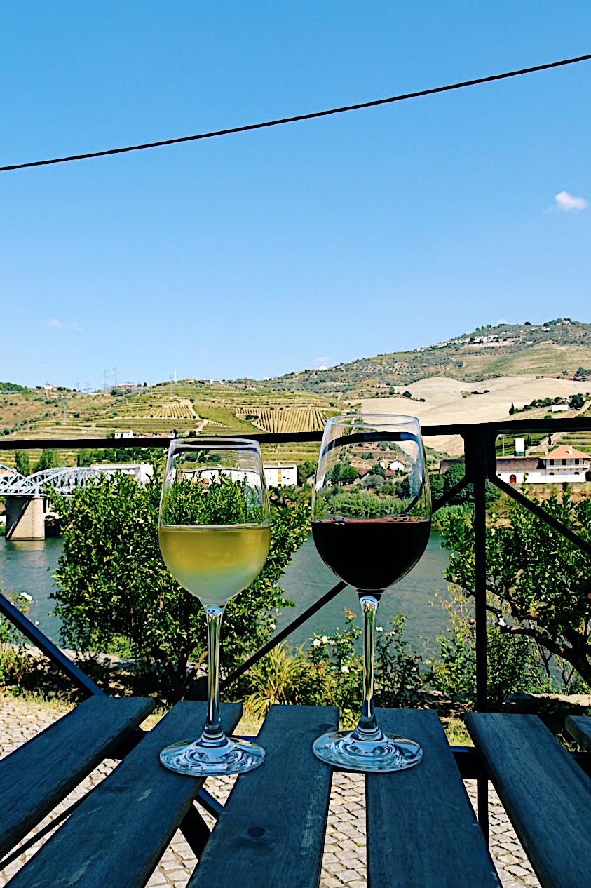 Quinta das Carvalhas douro valley