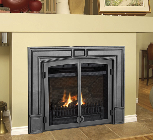 Valor Fenderfire     Call for More Information   The unique Fenderfire screen fronts create the asthetic of a wood-burning fireplace while providing all of the advantages of advanced direct vent technology.