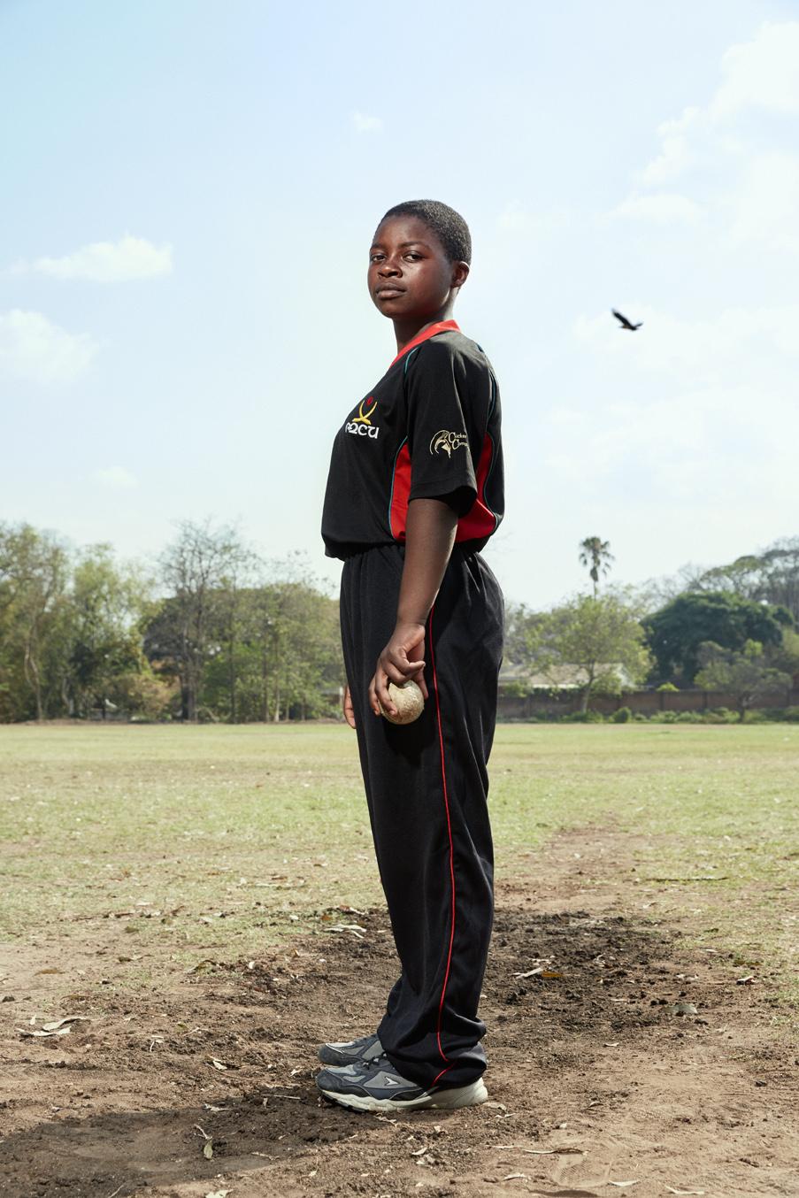 Brenda Ndipo, bowler