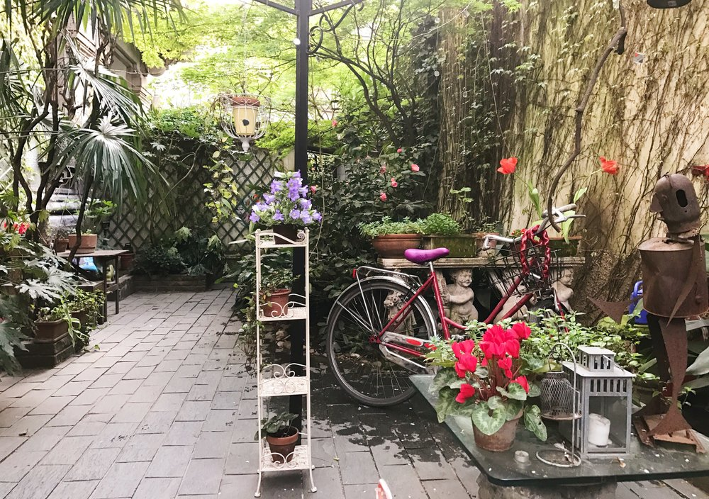 Ina's garden, a piece of Nature in a large city.
