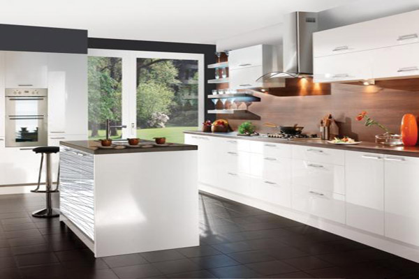 White TCO kitchen.jpg