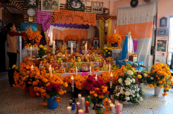 community ofrenda memorial at butler square the chehalem