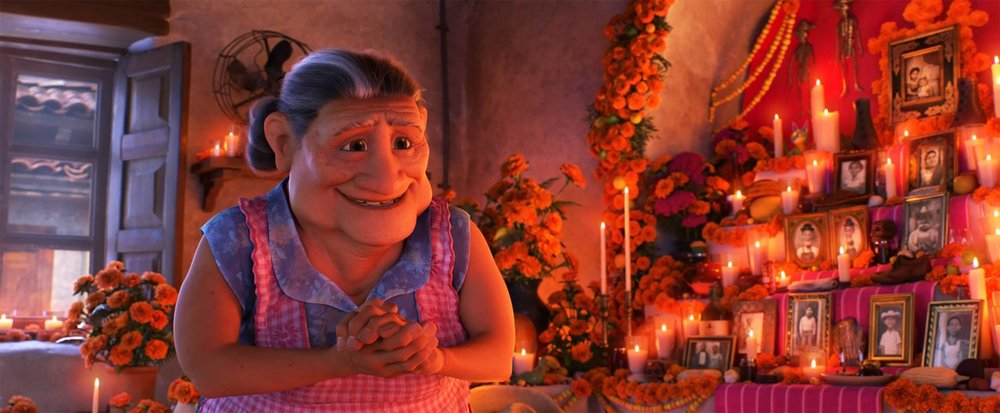 Coco_Abuelita_at_the_ofrenda.jpg
