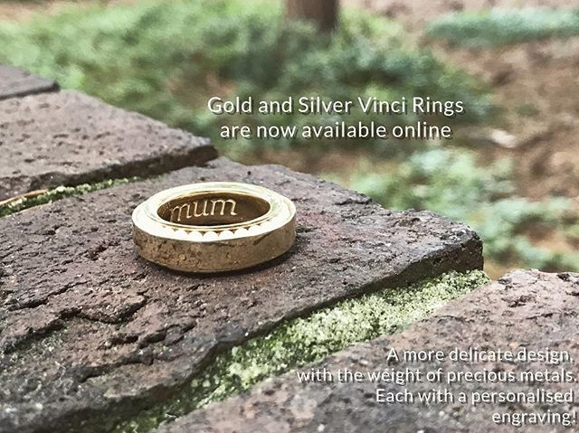 The weight of the gold or silver #vinciring in your hand feels like pure comfort and luxury 😍 And each comes with a custom engraving 🔸  #gold #silver #spinner #gift #engraving