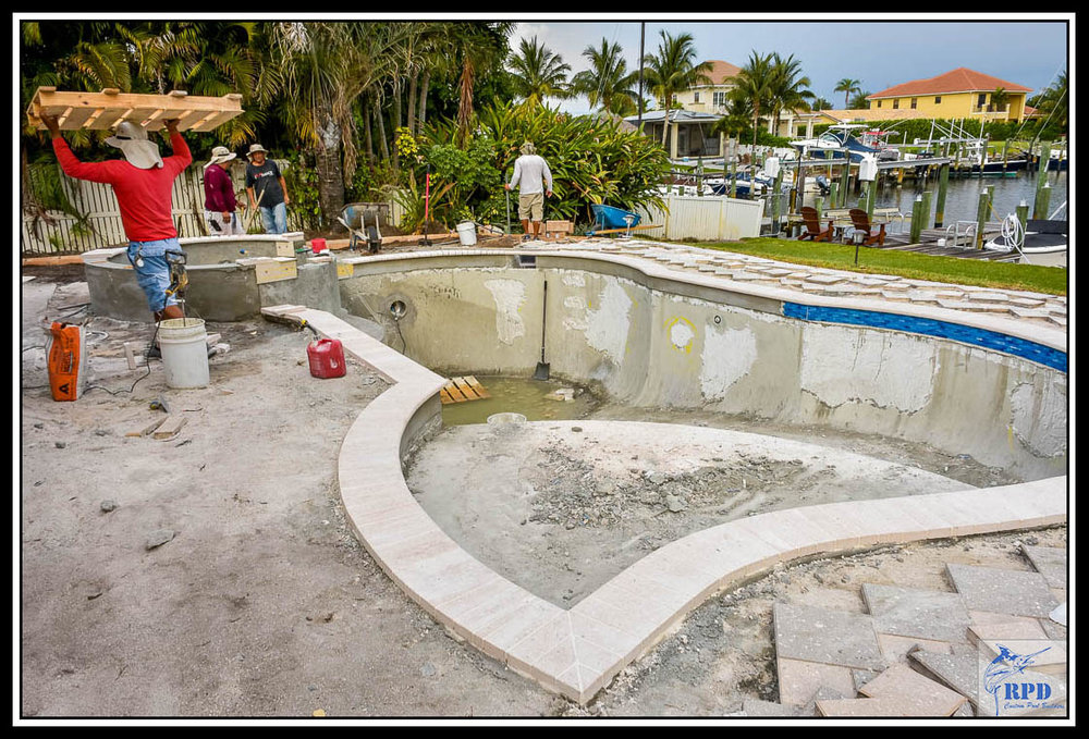 07-Swimming-Pool-Spa-Remodel-North-Palm-Beach-Florida-Construction-RPD-Roberts-Pool-Deisgn-©RPD.jpg