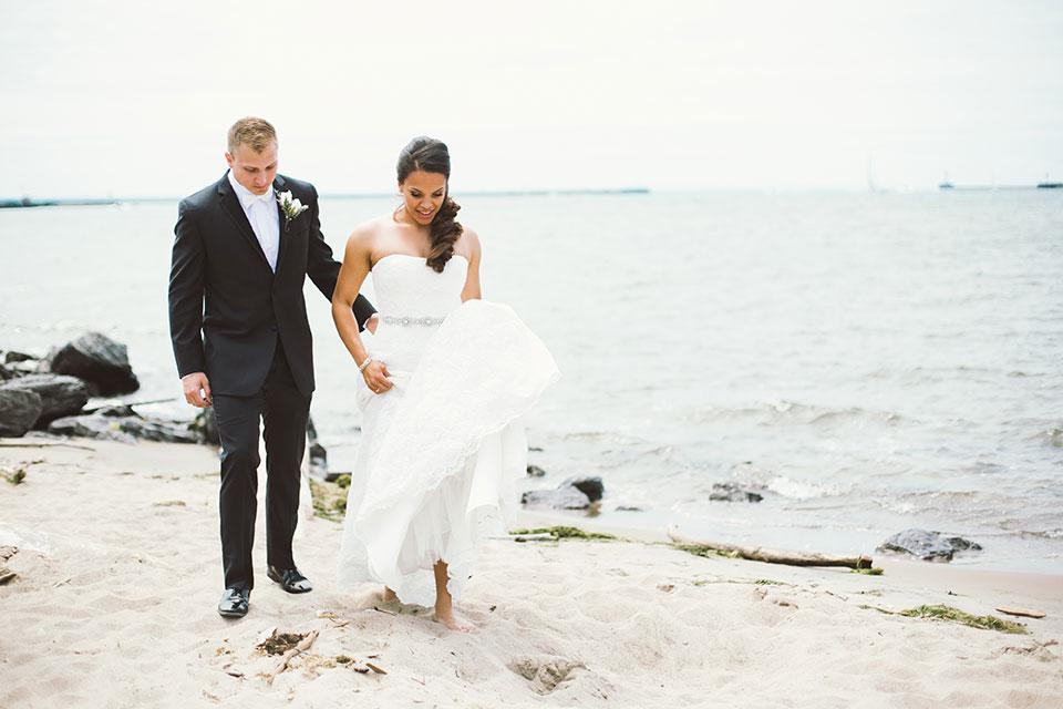 Mia-Maria-Design_Sj.bridgeman-photography_Buffalo-NY-Wedding_Couple-4.jpg
