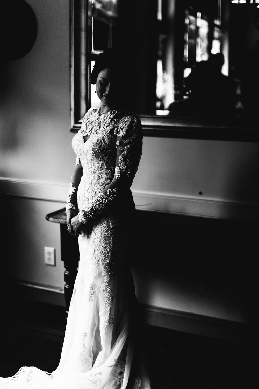 bridal portrait black and white, downtown Raleigh wedding