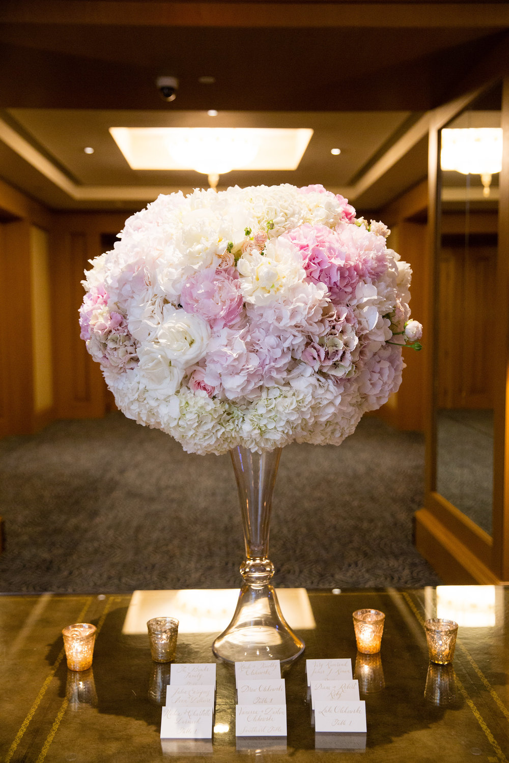 Four-Seasons-Hotel-Boston-WeddingPhotography01243.jpg