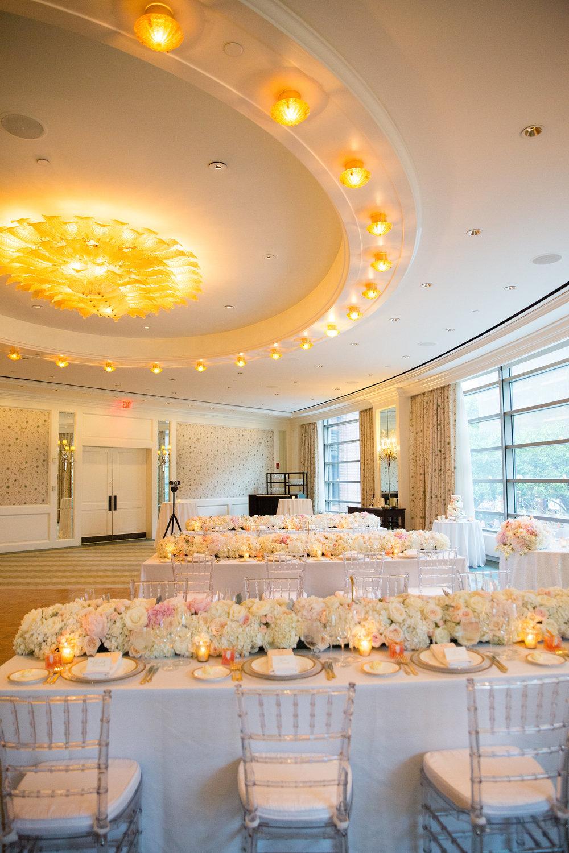 Four-Seasons-Hotel-Boston-WeddingPhotography01186.jpg