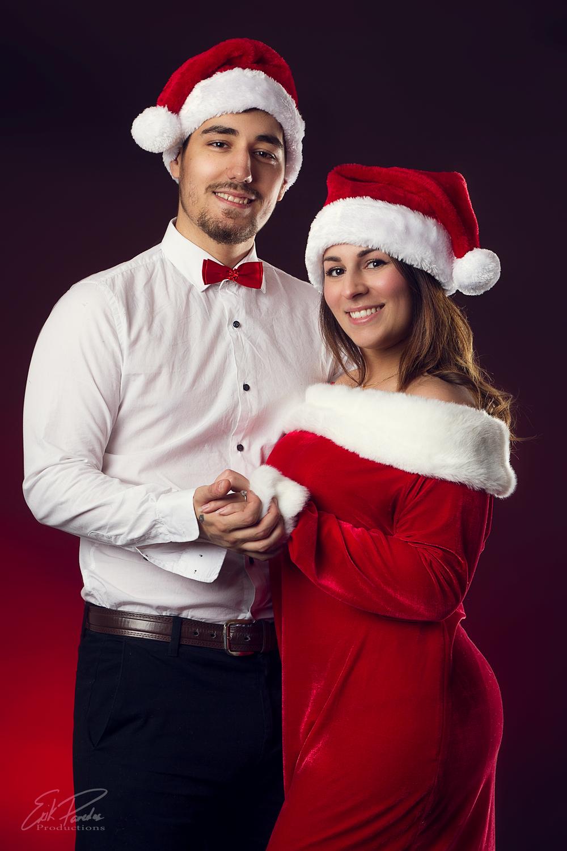 erik paredes photography productions couple photoshoot christmas portrait canada montreal .png