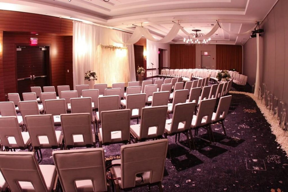 Hilton Dowtown Ceremony - 8 (2).jpg