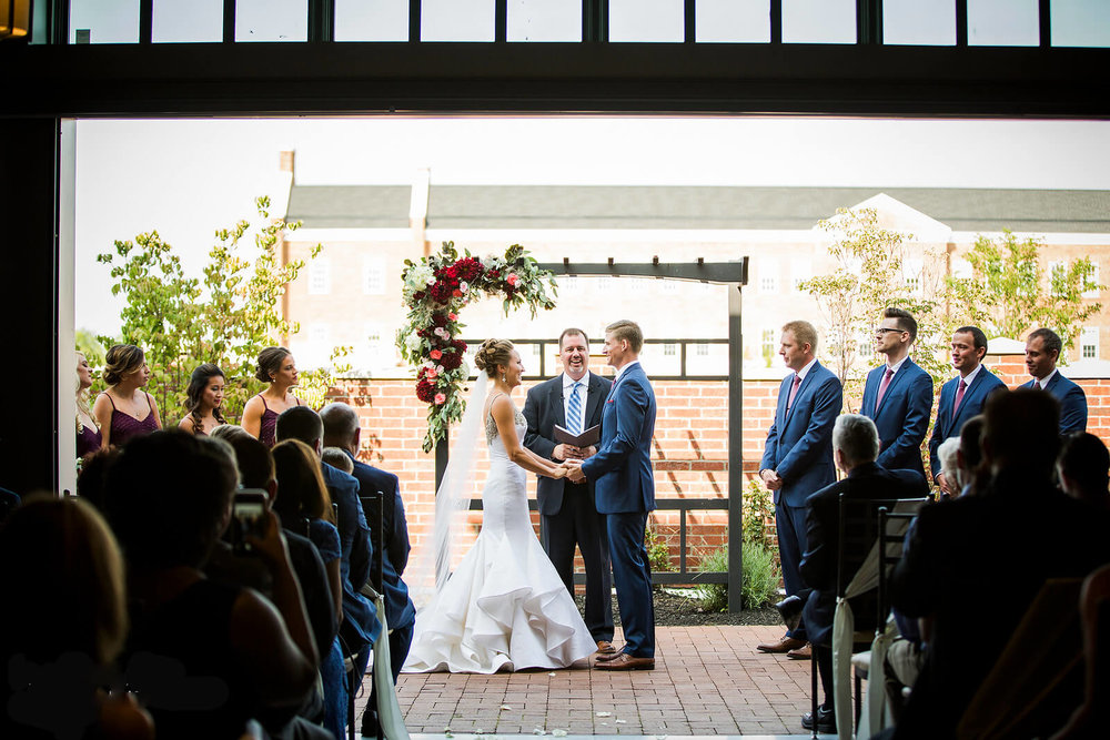 noahs_newalbany_wedding_ceremony_2017-1 (2).jpg