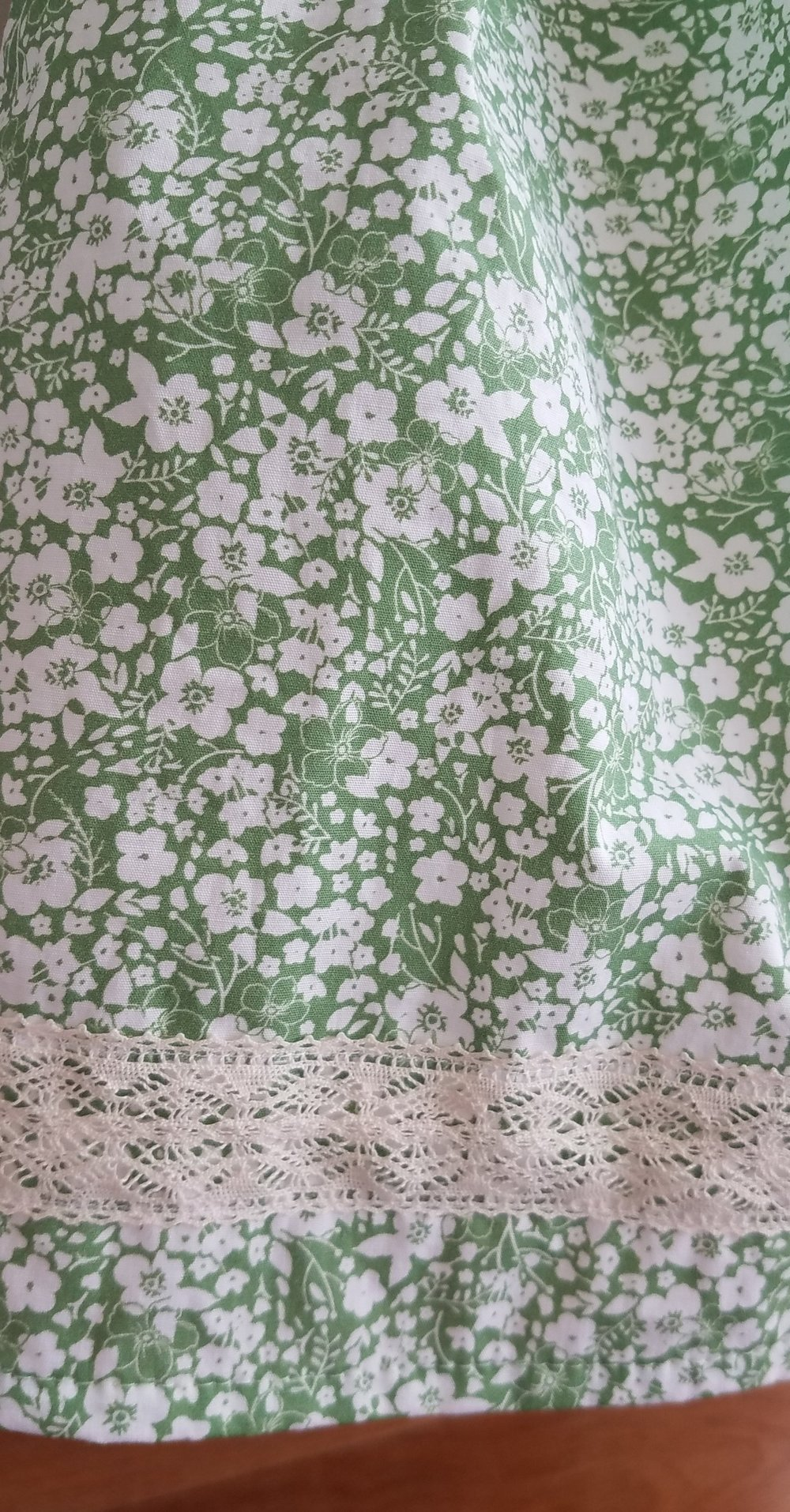Forget Me Not fabric in Pistachio from Hawthorne Threads