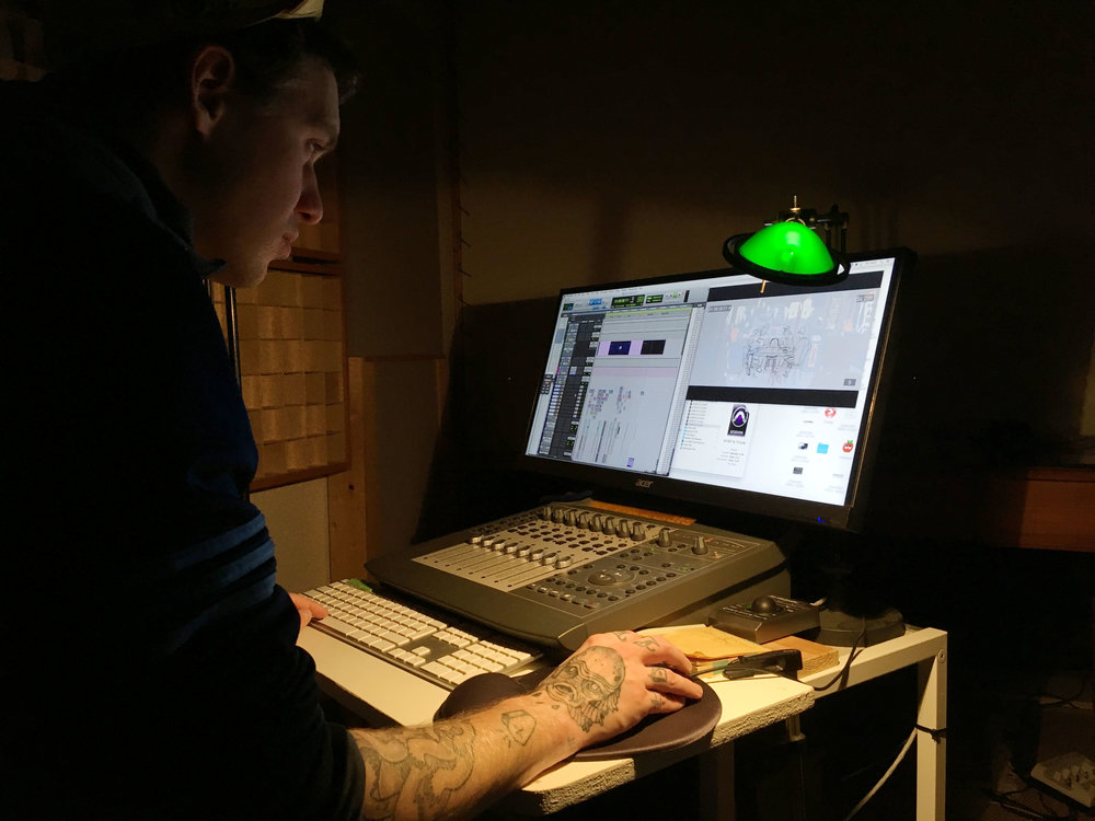 Advanced sound design discussions with Kili.