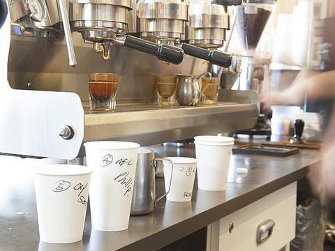 Koffi  Coffee Shop