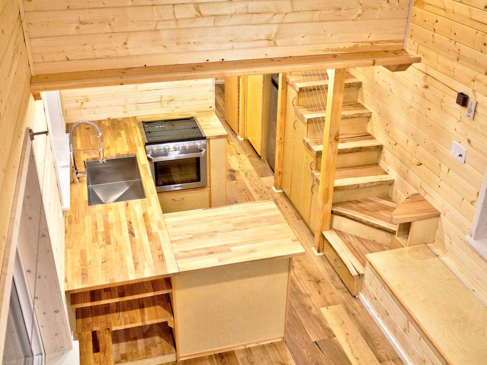 Kitchen_stairs.jpg