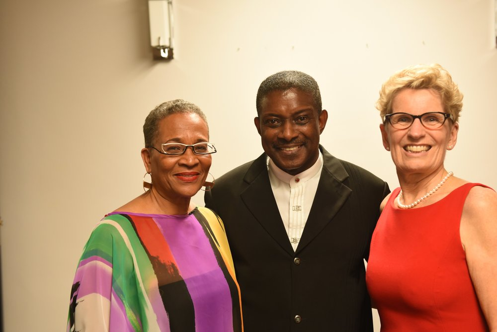 Premier Kathleen Wynne (r) with ACCA founder Michael Van Cooten and award producer Joan Pierre