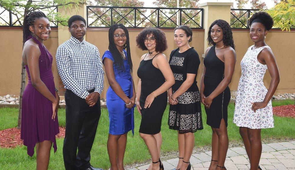 Victoria Ezekwemba (l), Arinze Ochuba, Rya Buckley, Kayla Goodridge, Victoria DeFreitas, Jenae Downes & Dana-Kaye Matthews
