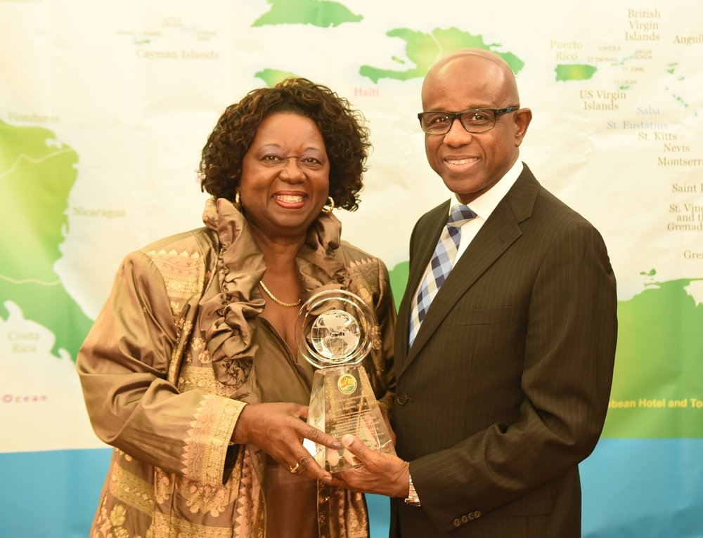 CTO secretary general and CEO Hugh Riley presented the Lifetime Achievement Award to Jean Augustine