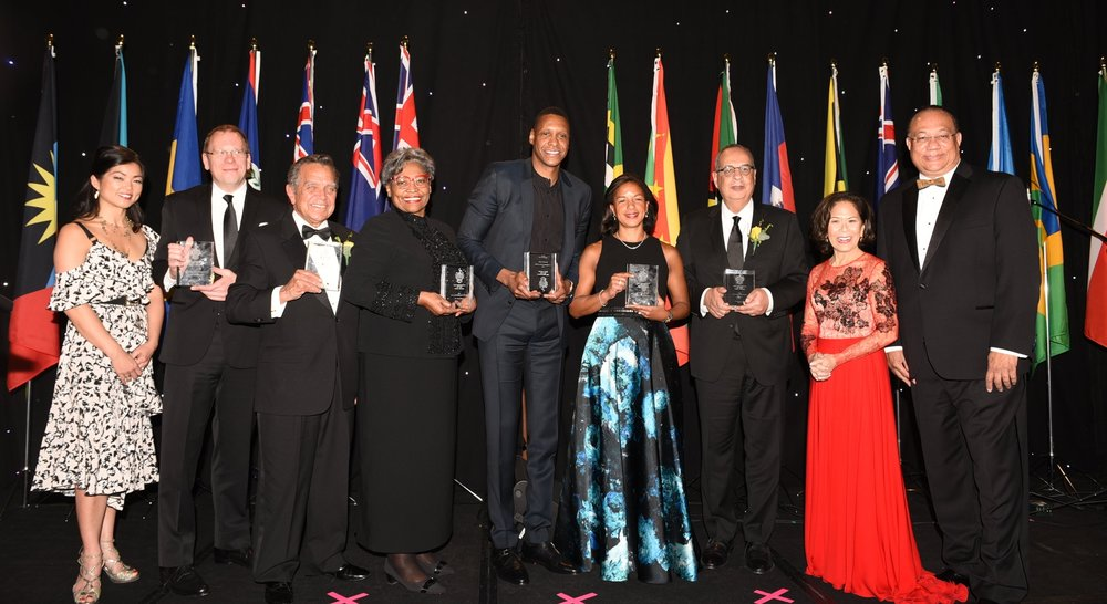 Brigitte Chang-Addorisio (l), Donette Chin-Loy Chang (second from right) and Dr. Richard Bernal (r) with award recipients Dr. Michael Pollanen, Dr. Victor Blanchette, Dr. Avis Glaze, Masai Ujiri, Susan Rice and Mehdat Mahdy.