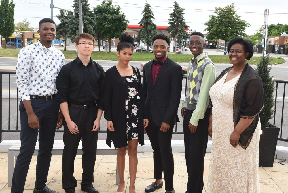 Audrey Parker (r) with scholarship winners Seymour Irons (l), Kevin Hong, Julia-Jane Johnson, Gavin Crawford & Joshua Tulloch